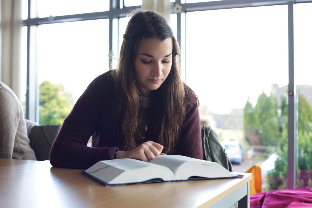 Griffith College Cork library holds an extensive range of set course texts and background reading material
