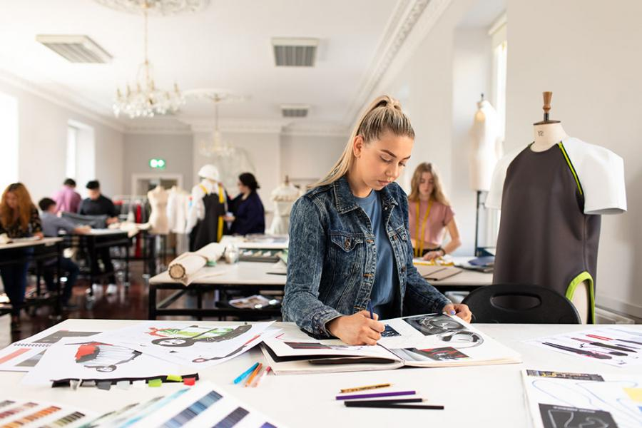 Study the Cert in Art & Design at Griffith College