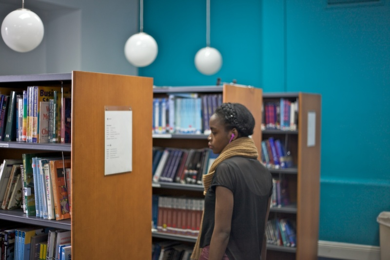 Student in the Griffith College library