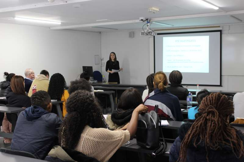 Aoife Hegarty speaks with Griffith College journalism students