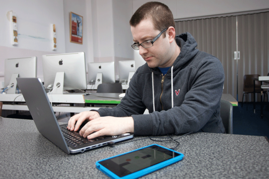 online computer courses Ashworth college's computer service and repair training will help you turn your passion for technology into a promising career learn online.
