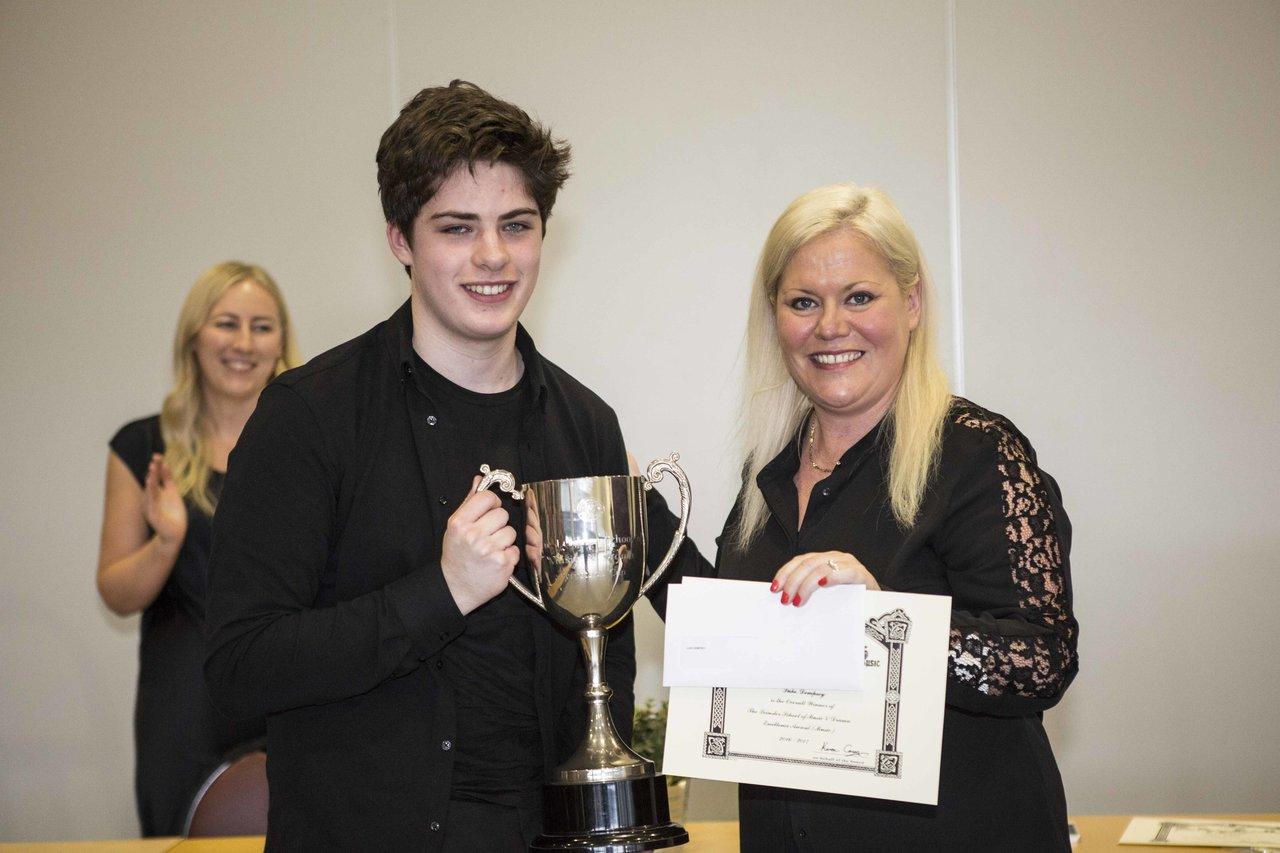 Luke Dempsey LSMD Awards