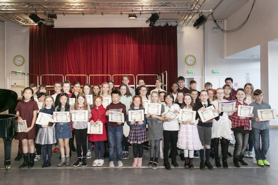 LSMD students attend the Excellence Awards